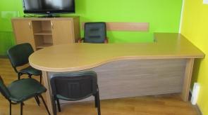 Rašomasis stalas kabinete 1
